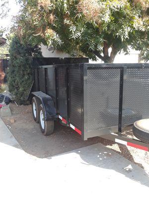 Traila nueva se ise ase 2 meses con registro for Sale in Fresno, CA
