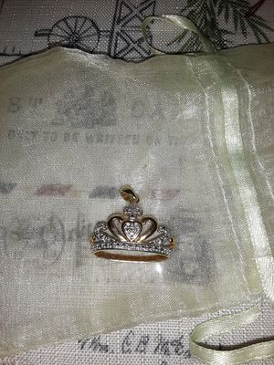 Sterling silver crown pendant for Sale in Fullerton, CA