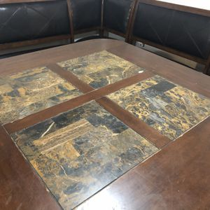 Corner Booth Breakfast Nook Dining Table for Sale in Hutto, TX