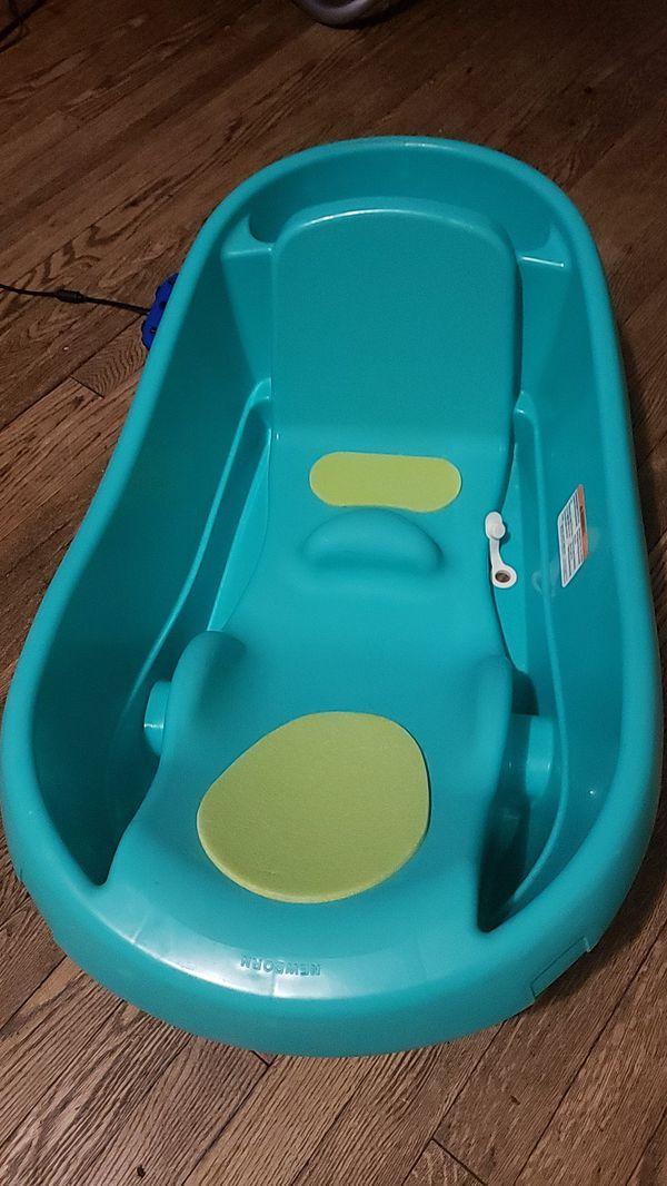 Baby bathtub $10