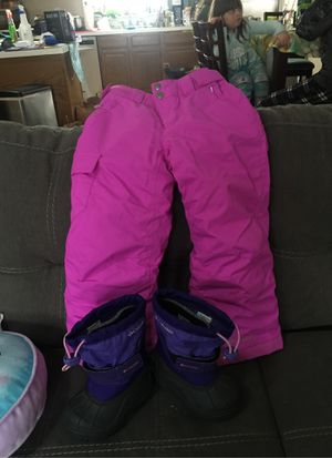 Columbia Toddler Snow pants/Snow boots for Sale in Worcester, MA