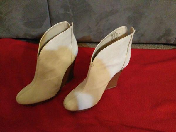 Jennifer Lopez Boots for Sale in Omaha, NE - OfferUp