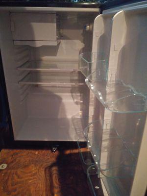 Small freezer for Sale in Murfreesboro, TN