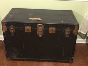 Antique chest with deep inside storage for Sale in Memphis, TN