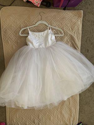 David's bridal flower girl white dress age 4 for Sale in Henderson, NV