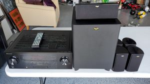 Excellent condition 5.1 home theater system for Sale in Bradenton, FL