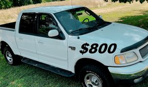 🍁🍁🍁$8OO*I am selling*2OO2 Ford F-15O Clean title.🍁🍁🍁 for Sale in Denver, CO