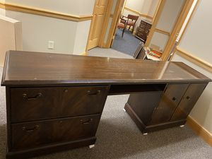 Desk 83x 19 height 29 for Sale in Williamsville, NY