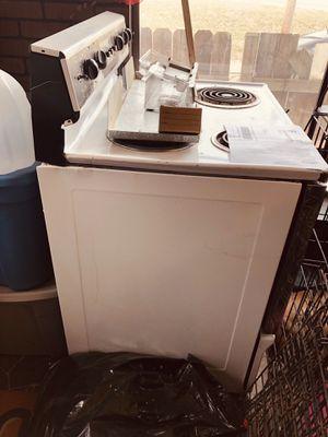 Electric stove for Sale in Saint Joseph, MO
