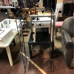 Wire Bakers Rack for Sale in Dearborn,  MI