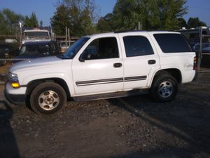 2005 Chevy Tahoe Ls 190k miles runs and drives!!! for Sale in Fort Washington, MD