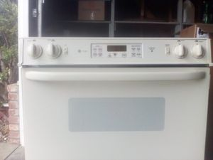GE Stove, microwave & dishwasher for Sale in Fresno, CA