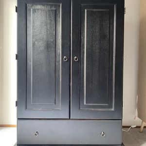 "Dark Brown Armoire For Sale. Great Condition. Adjustable Shelf. 40""w X 27""d X 60""h. for Sale in Hayward, CA"