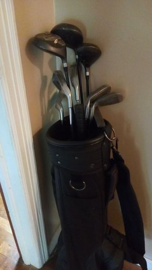 Golf clubs Quattro Dunlap mixed set 9 clubs $35 for Sale in Cartersville, GA