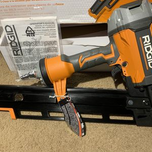 """RIDGID 3-1/2"""" Round-Head FRAMING NAILER for Sale in Claremont, CA"""