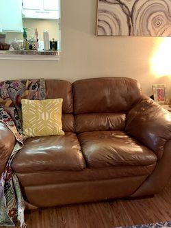 FREE Leather Loveseat/Couch for Sale in Austin,  TX