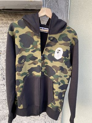 Bape hoodie Large for Sale in Covina, CA