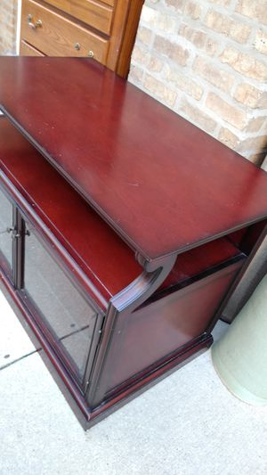 Tv stand solid wood for Sale in Schiller Park, IL