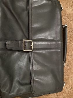 Coach Leather Briefcase / Shoulder Bag / Messenger Bag for Sale in Miami,  FL