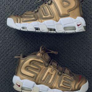 Gold Supreme Uptempos Size 10 for Sale in Las Vegas, NV