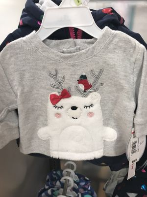 Newborn baby girl clothes (free) for Sale in Midland, TX