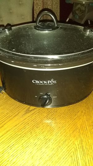 Crock pot for Sale in Chester, PA