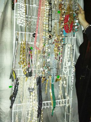 A WHOLE RACK ASSORTED COSTUME JEWELRY for Sale in Las Vegas, NV