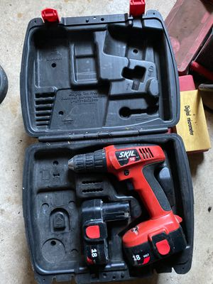 Skil drills 18v and 12v for Sale in St. Petersburg, FL