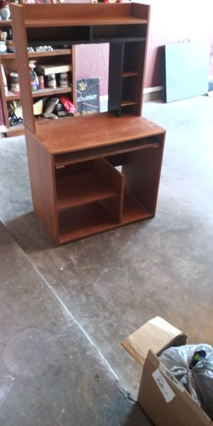 Desk and table for Sale in El Paso, TX