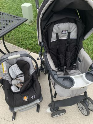 Chicco Baby Car Seat Carrier and Stroller Duo for Sale in FL, US