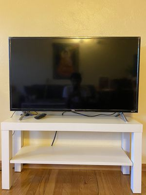 """TCL 36"""" smart tv with roku for Sale in Portland, OR"""