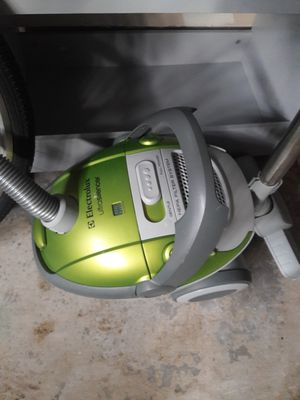 Electrolux Vacuum for Sale in Lacey, WA