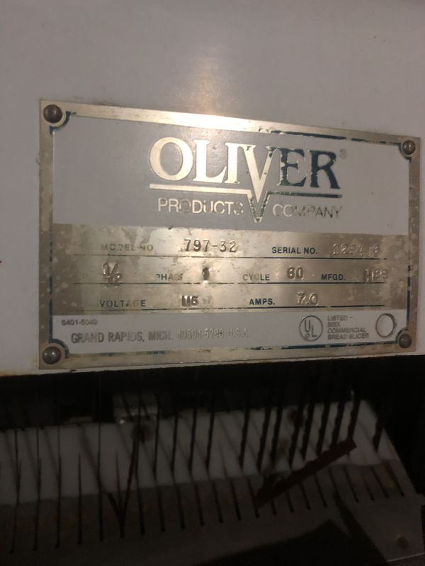 Bakery oliver bread slicer