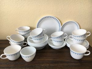 Corelle Dish Set for Sale in Beverly Hills, CA
