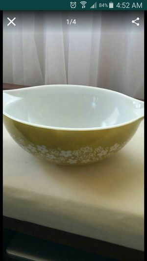 Pyrex vintage mixing bowl. Great condition for Sale in Byron, CA