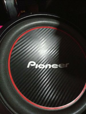 3. 12s pioneers 1300wats each for Sale in Woodridge, IL