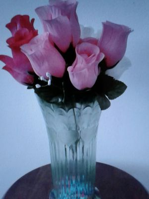 Artificial flowers in plastic vase for Sale in Irvine, CA
