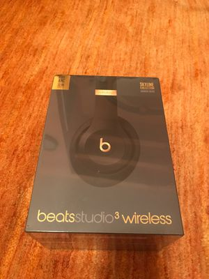 Beats studio wireless headphones for Sale in Valley Stream, NY