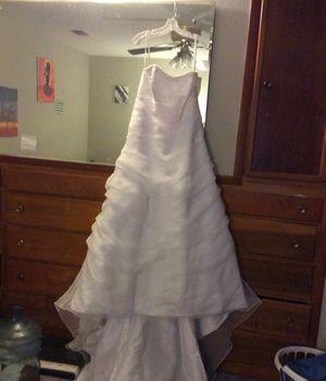 Wedding dress for Sale in Fort Washington, MD