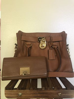 Michael Kors Leather Handbag + Wallet - Matching Set for Sale in Boise, ID
