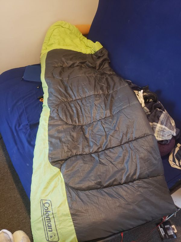 Coleman sleeping bag rated for up Temps 40° & up w/bag