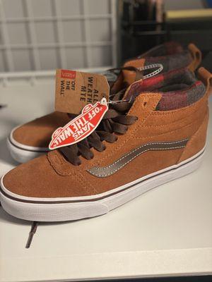 VANS Ward MTE Hightop Sneakers Size 7 Men's Size 8.5 Women's for Sale in Pasadena, CA