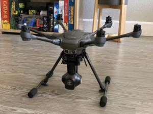 Yuneec Typhoon H 4K Hexacopter Drone w/ case for Sale in Riverside, CA