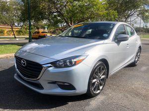 2018 Mazda 3 hatchback clean title for Sale in West Park, FL