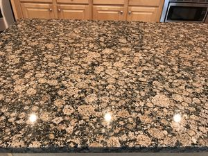 Kitchen granite Baltique brown 5 pices for Sale in Duluth, GA