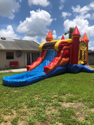 Combo bounce house anda, slide for Sale in Miami Springs, FL