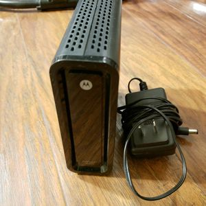 Motorola SURFboard SB6121 Cable Modem for Sale in Dublin, CA