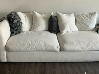 Robert Micheal Sectional and Ottoman for Sale in Dallas,  TX