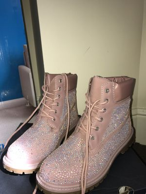 Pink Sparkly Boots (SZ 10 Womens) for Sale in Pittsburgh, PA