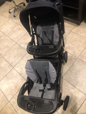 Babytrend Sit-n-Stand Double Stroller for Sale in Lake Worth, FL